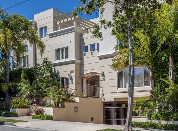 Multi-Level Townhouse in Santa Monica preview
