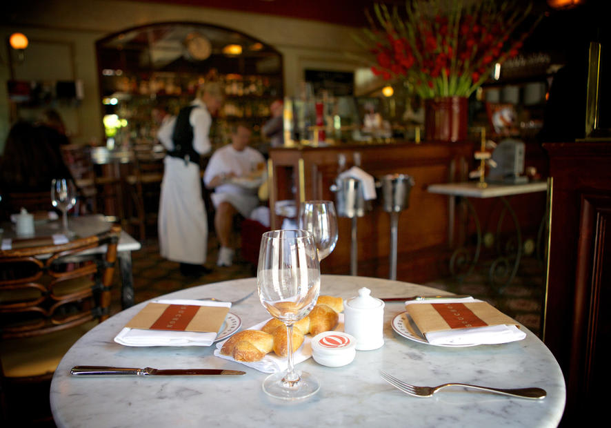 4 Pet-Friendly Restaurants in Napa and Sonoma