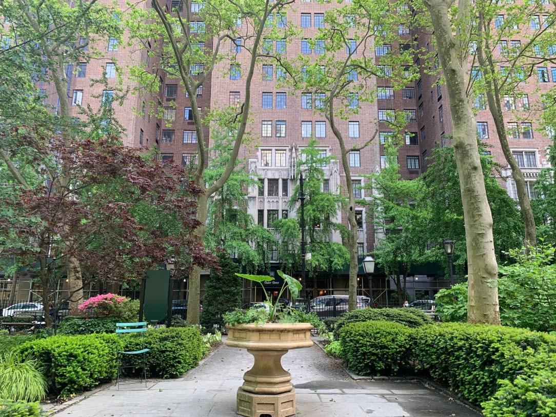 25 Tudor City Place, Unit 1409 photo