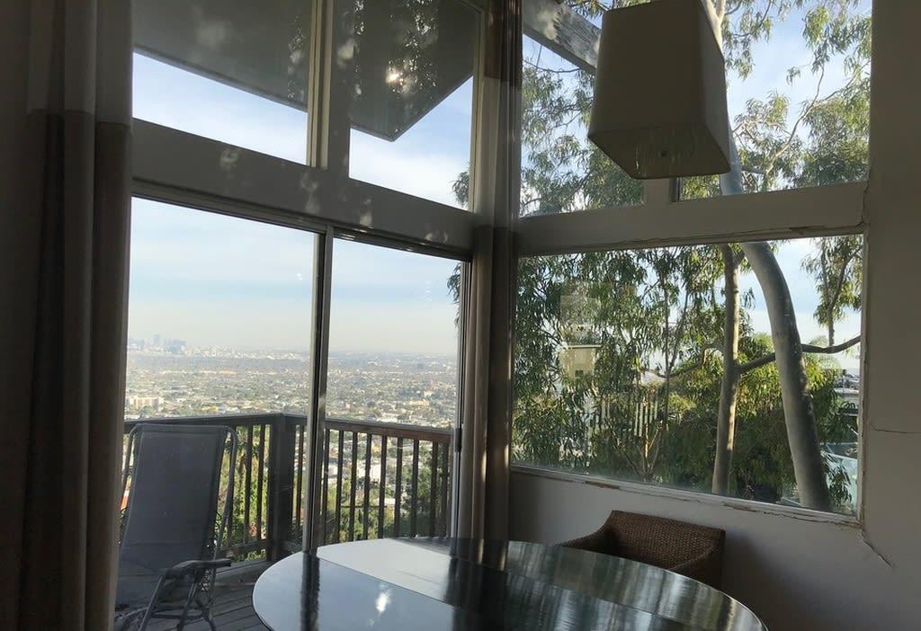 8505 Hollywood Blvd photo