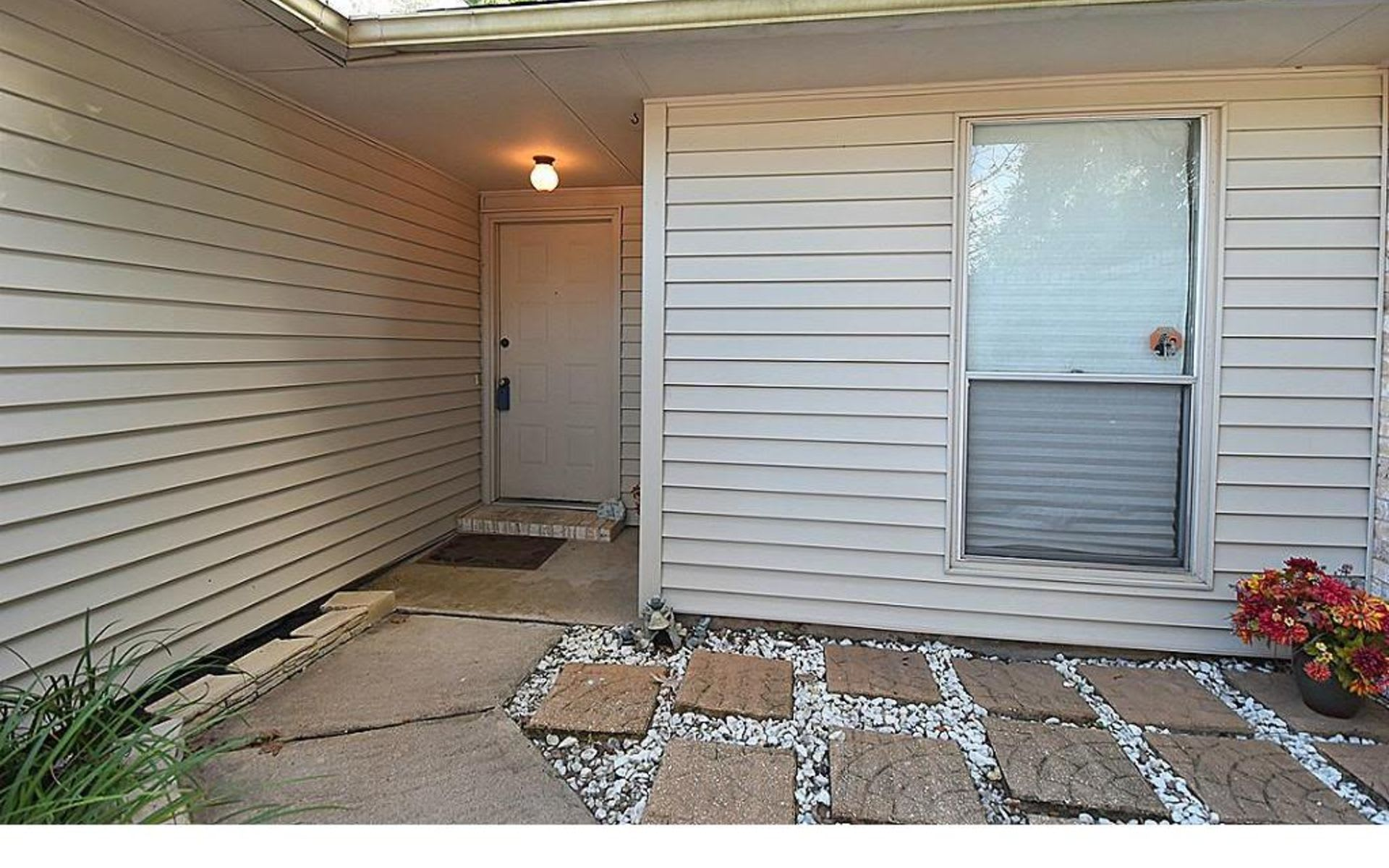 13515 Wells River Dr photo
