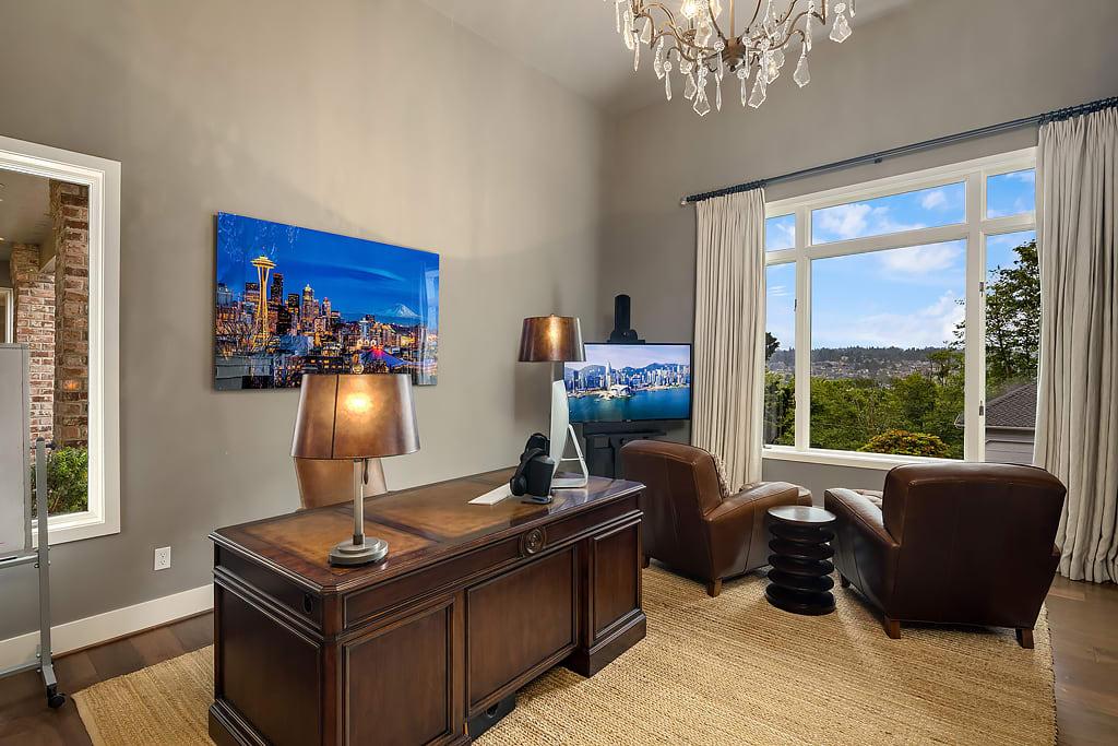Turn-Key Perfection with Lake Views photo