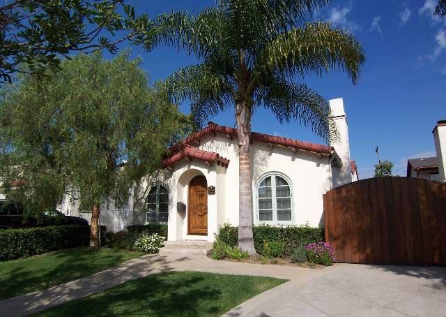 Spanish Home in Santa Monica preview