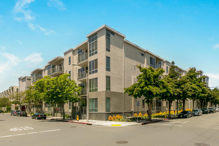 111 S D Lacey Ave #304 photo