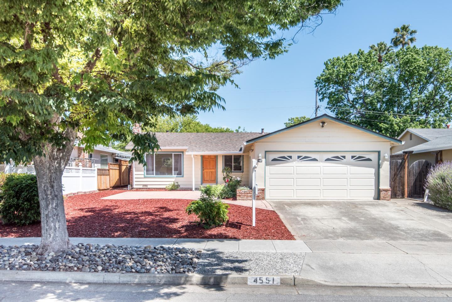 4551 Grimsby Dr photo