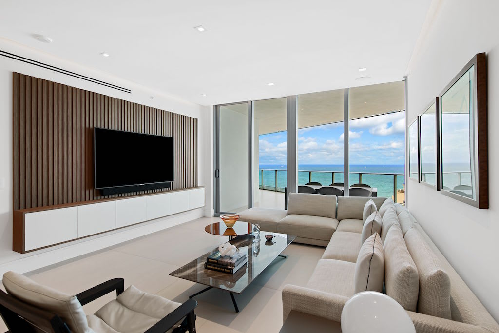 An Immaculate Paramount Residences Unit In Fort Lauderdale By Josh Dotoli