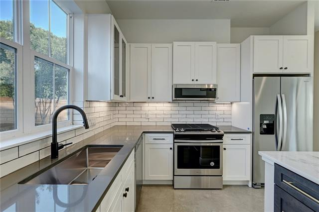 5605 Jackie Robinson St Unit #2 preview