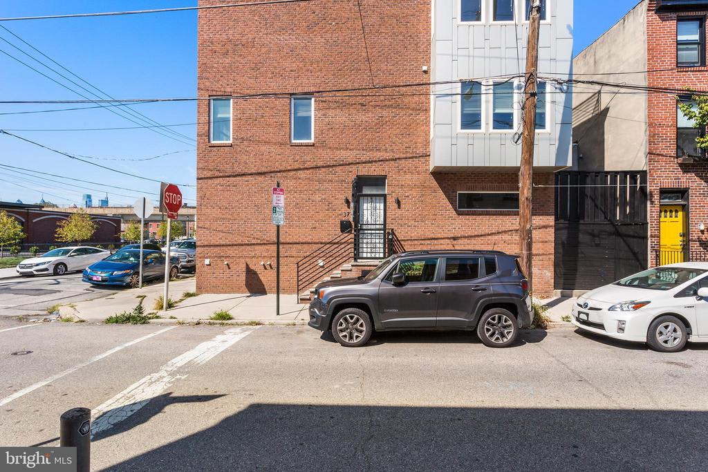 37 W Wildey Street photo