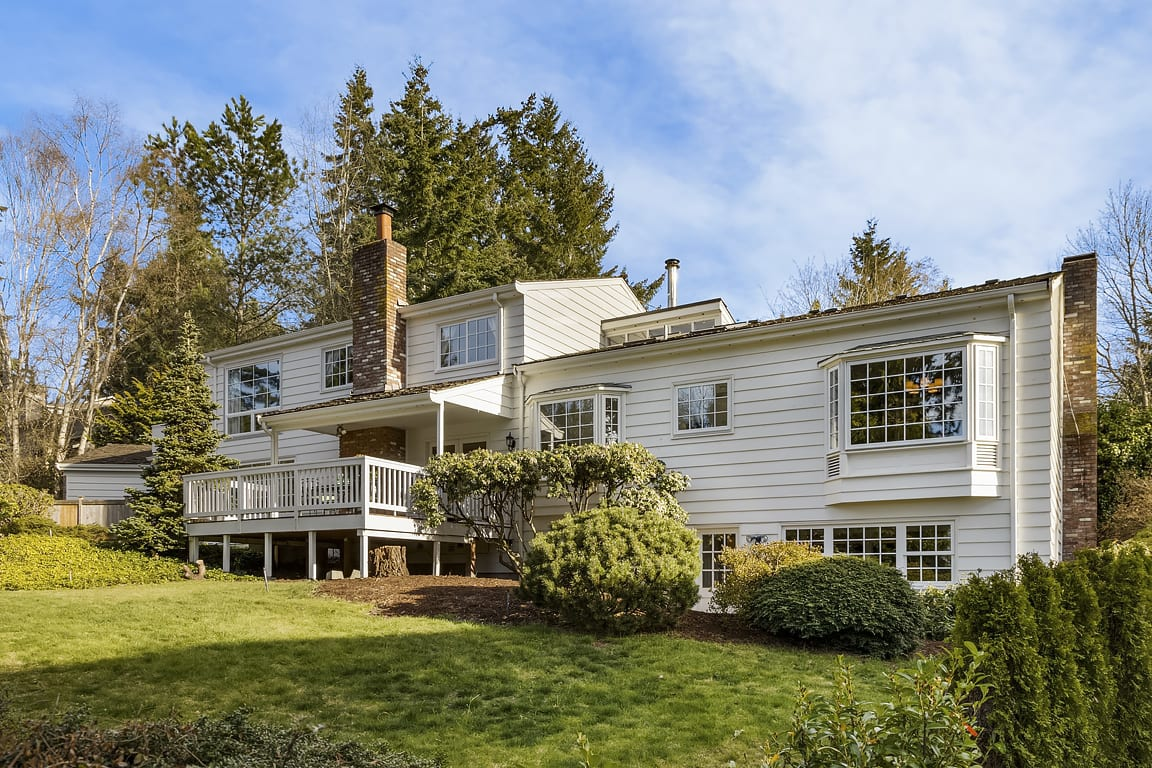 Updated Traditional with Shared Westside Waterfront photo