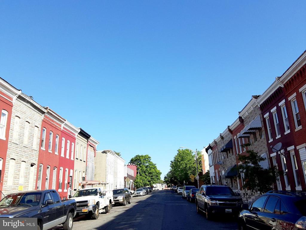 2533 Francis Street photo