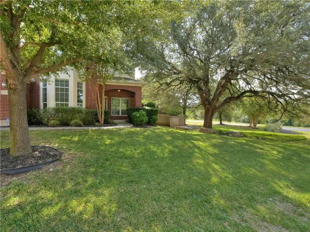 Immaculate Home on Corner Lot in Steiner Ranch photo