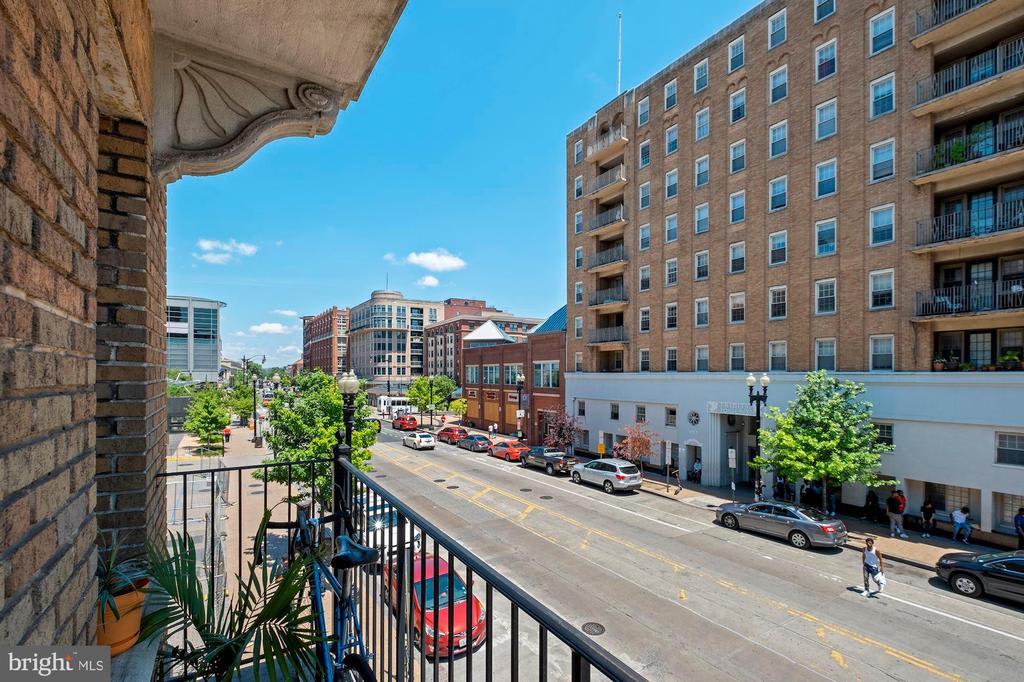 1401 Columbia NW Road, #213 photo