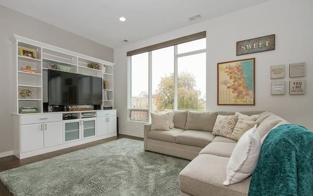 1809 W Chicago Ave # 3S photo
