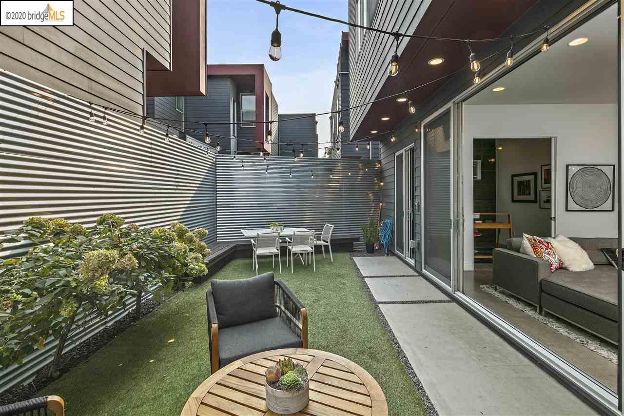 Sleek Modern Single Family in West Oakland's hottest neighborhood photo