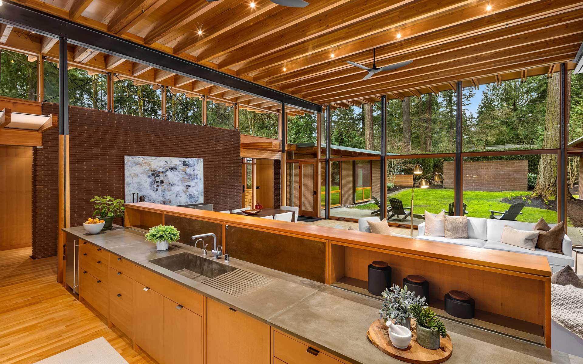 Beaux Arts Treehouse photo