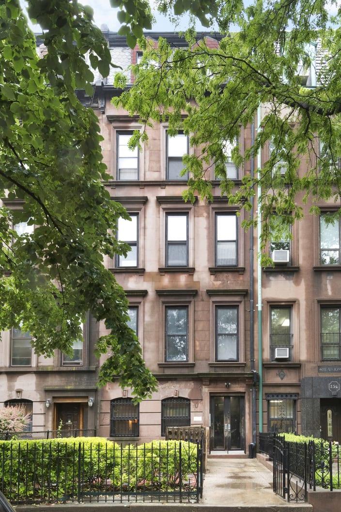 258 Clinton Ave, Unit 1R2RX photo