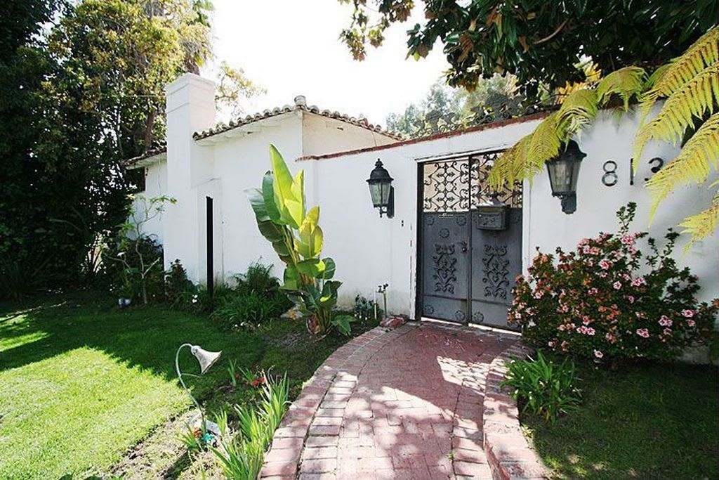 813 N Doheny Dr photo