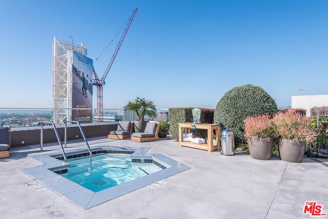 6250 Hollywood Boulevard, Unit 8B photo