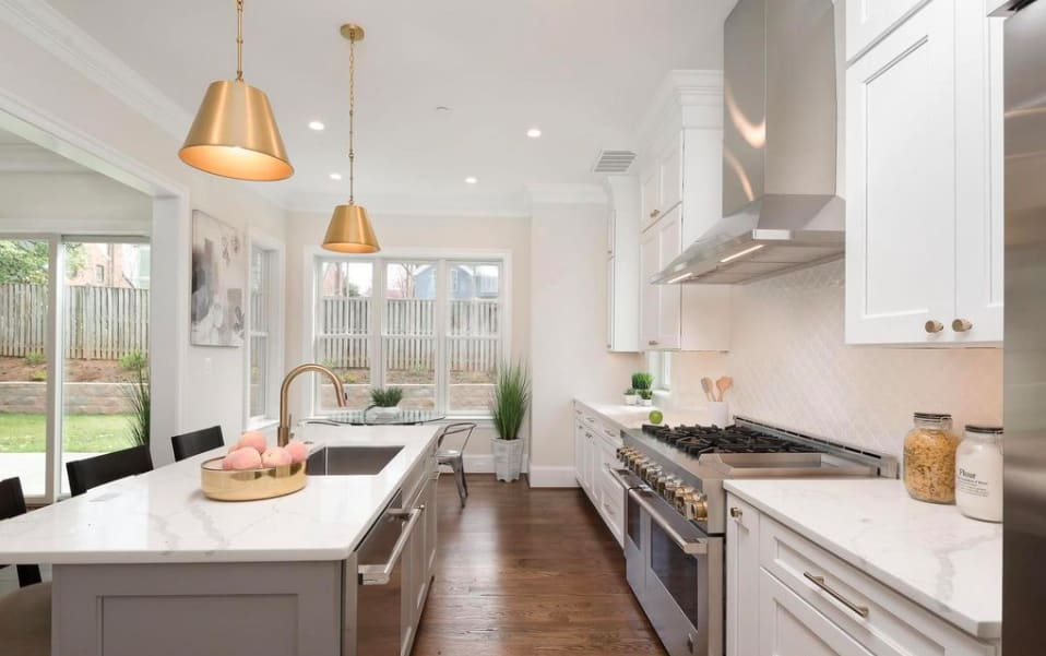 8701 Hempstead Ave preview