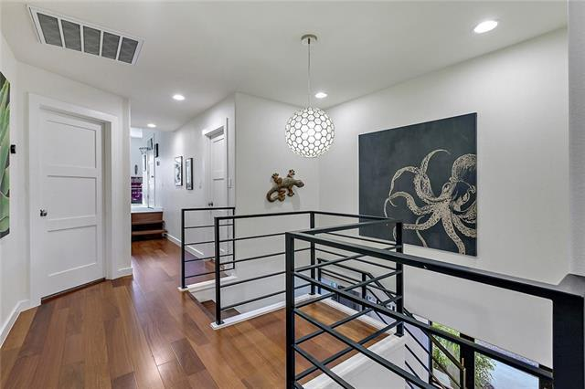 Extraordinary location in Eanes ISD preview