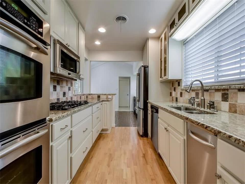 3001 Scenic Dr preview