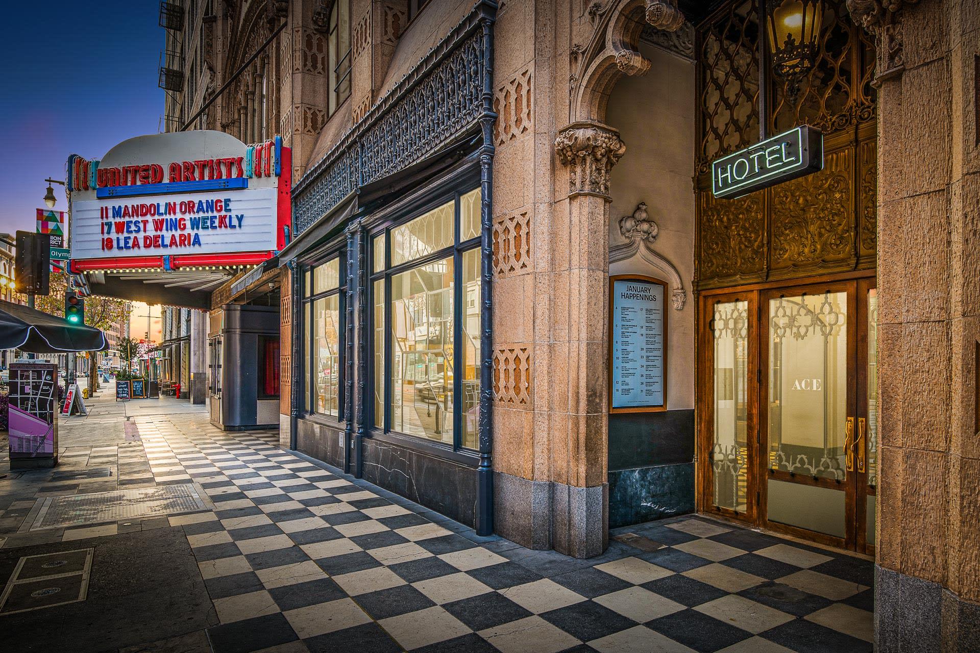 939 South Broadway, Unit PH5 photo