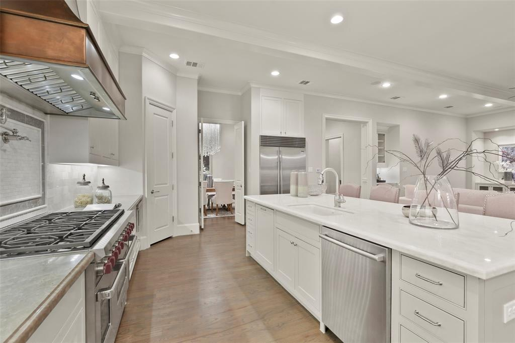 5722 Stanford Ave photo