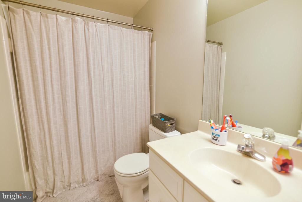 3408 Inverness Dr photo