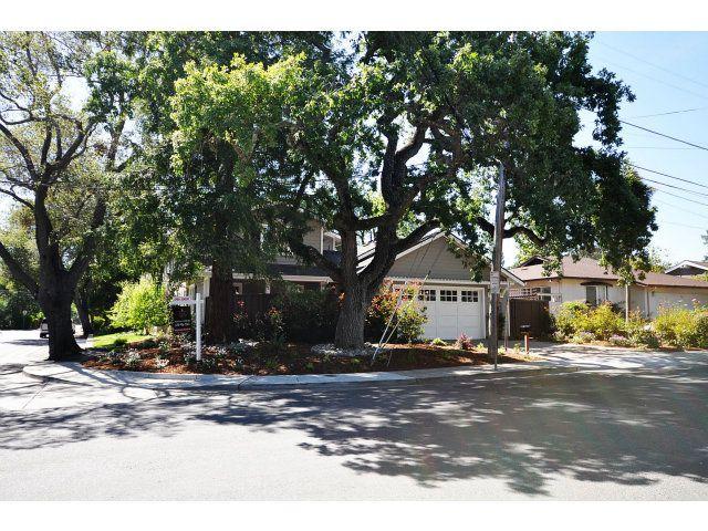 2011 Monterey Ave photo