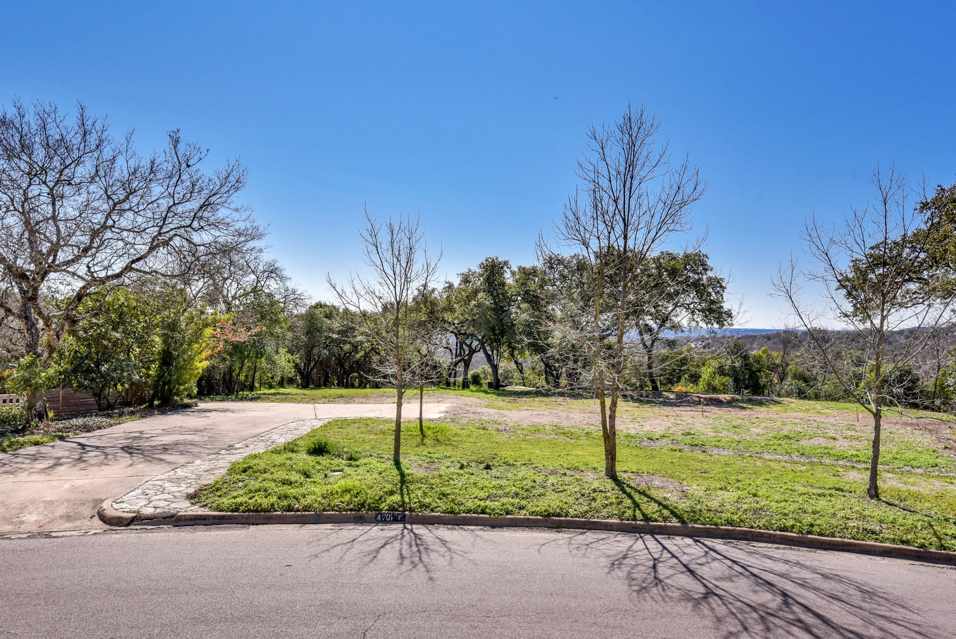 4701-2 Crestway Drive photo