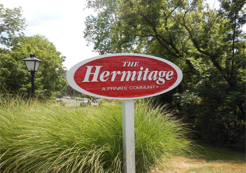 12 Hermitage Dr photo