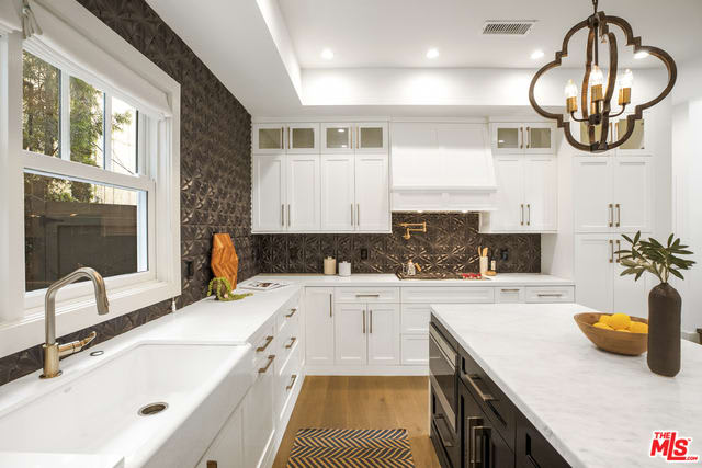 934 Amoroso Place preview