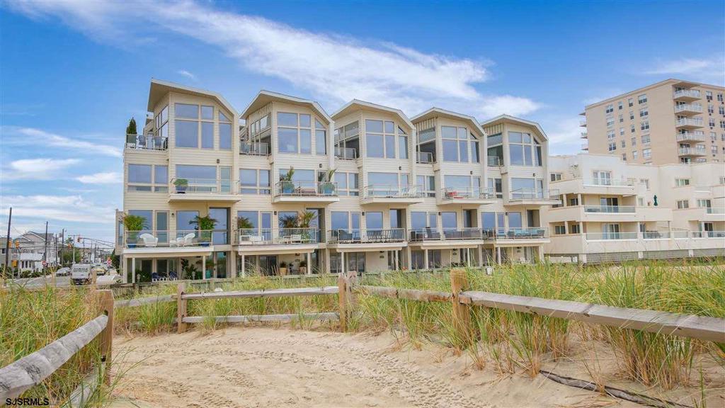 9517 Beach Ave