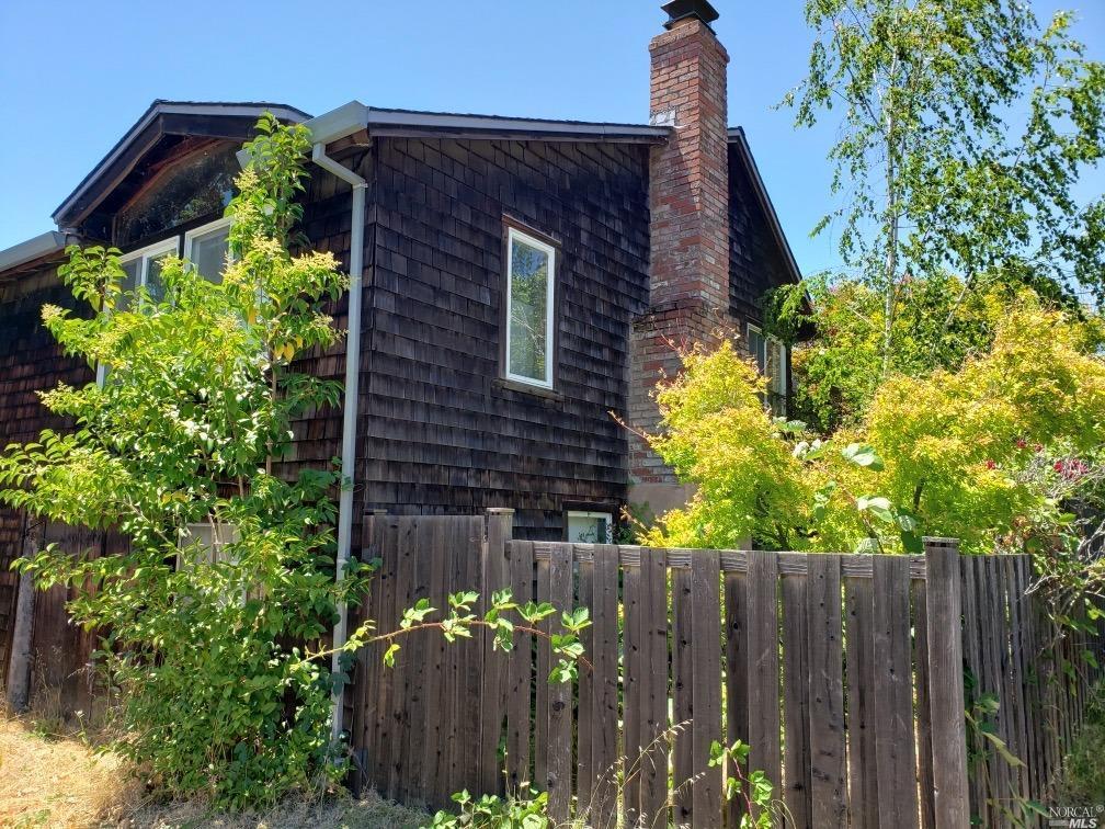 93 Sacramento Ave photo