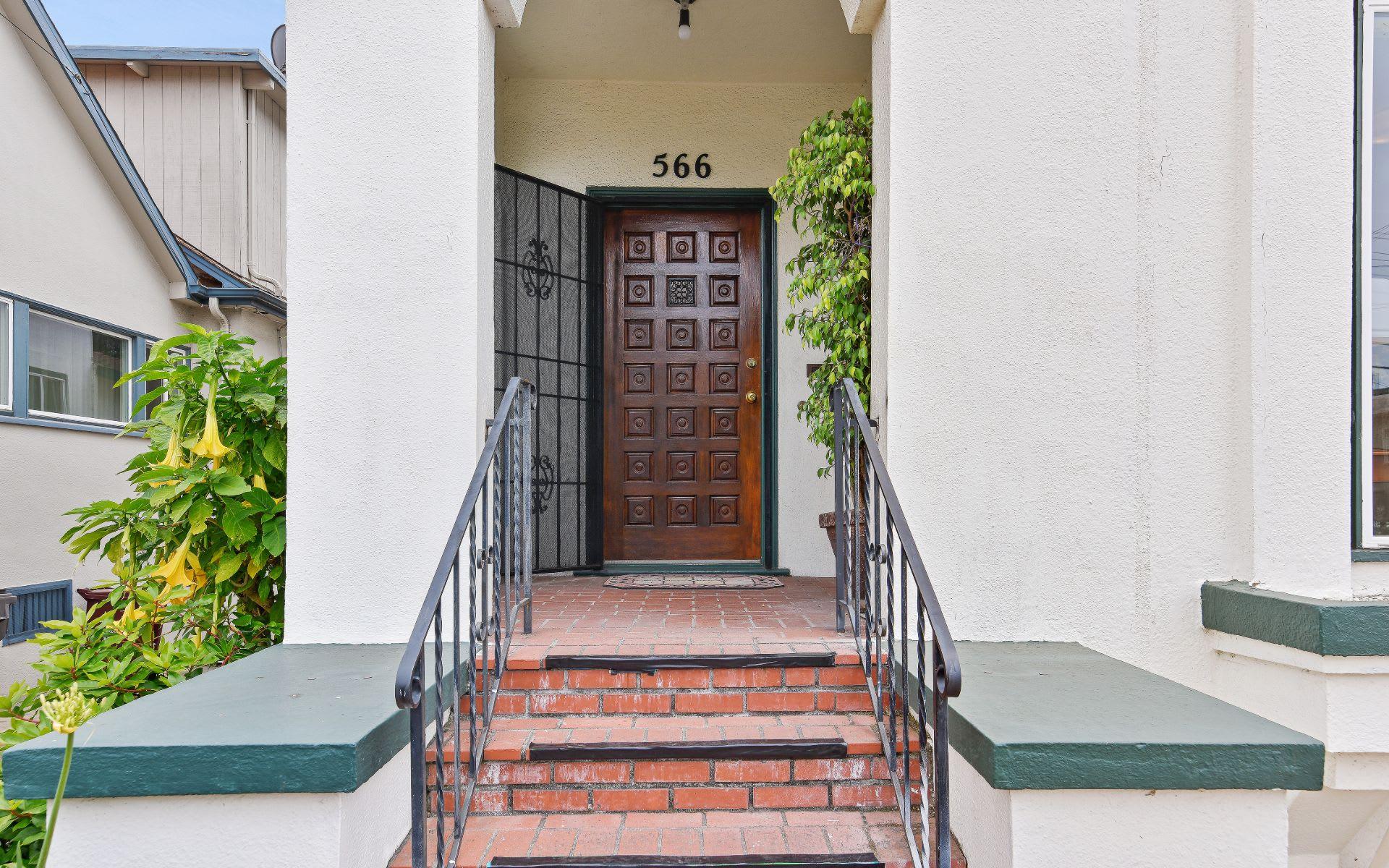 566 Montclair Ave photo