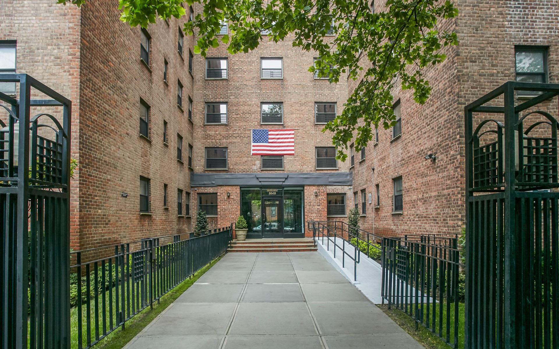 34-10 94th Street Unit 4E  photo