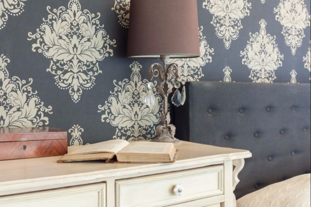 Design Decisions: To Wallpaper or to Paint?