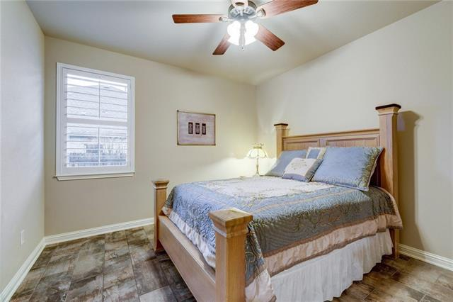 703 Canyon Springs Dr preview