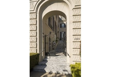 Exquisite Mansion in Pacific Heights preview
