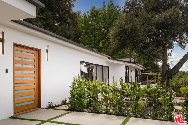 3285 Coy Dr, Sherman Oaks, CA preview