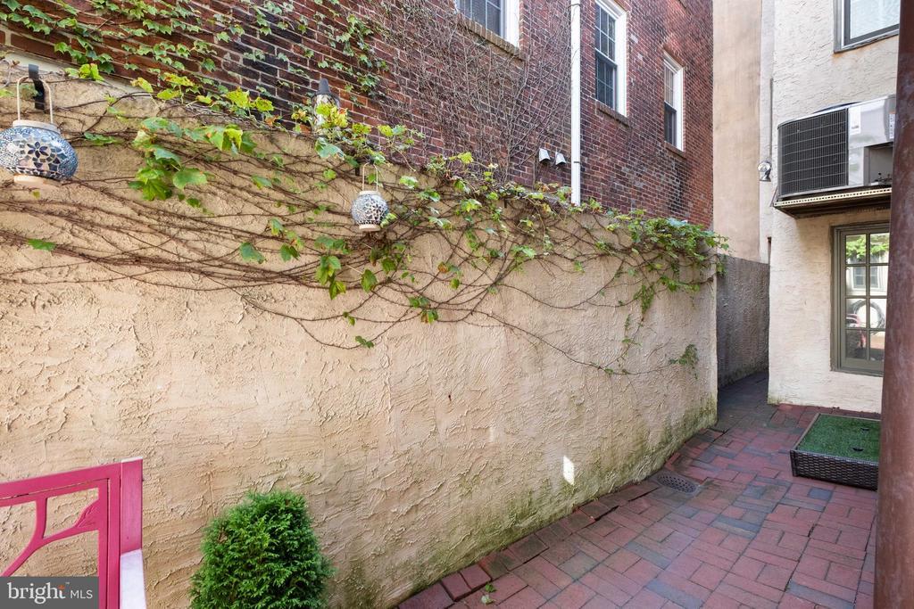 705 S. 2nd Street, Queen Village photo