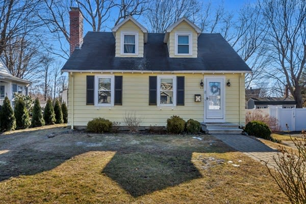 13 Curtis Road, Woburn preview