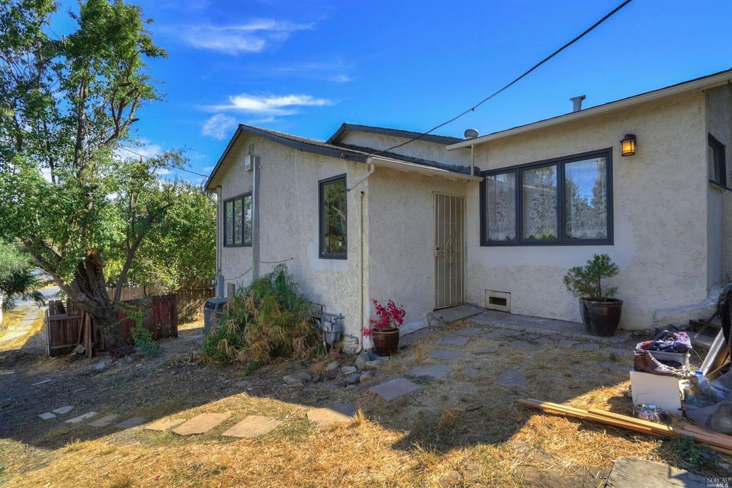 1123 Taylor Ave photo