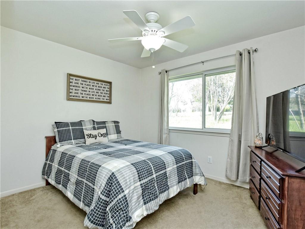 Hudson Bend Property Perfect for Live Work Opportunity photo
