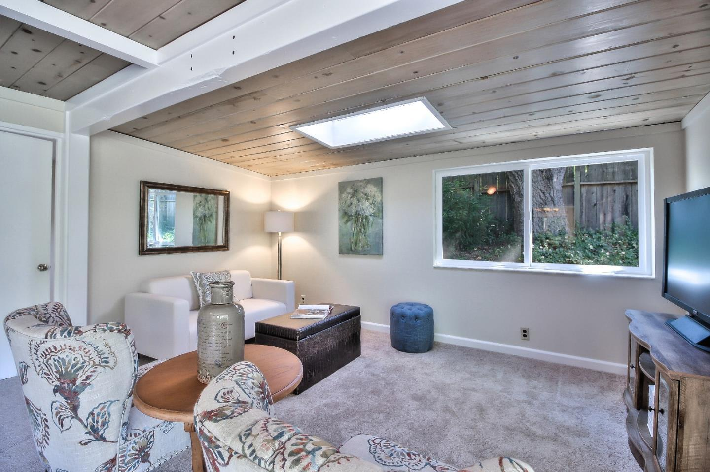 21383 Madrone Dr photo