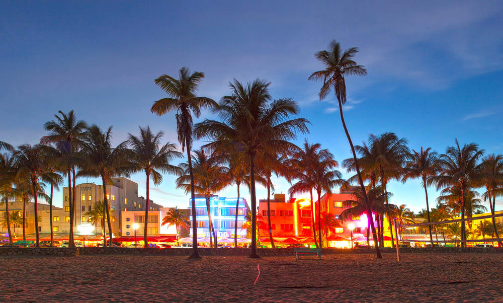 5 Miami Hot Spots Where You Can Eat, Drink, Party & Relax in 2017