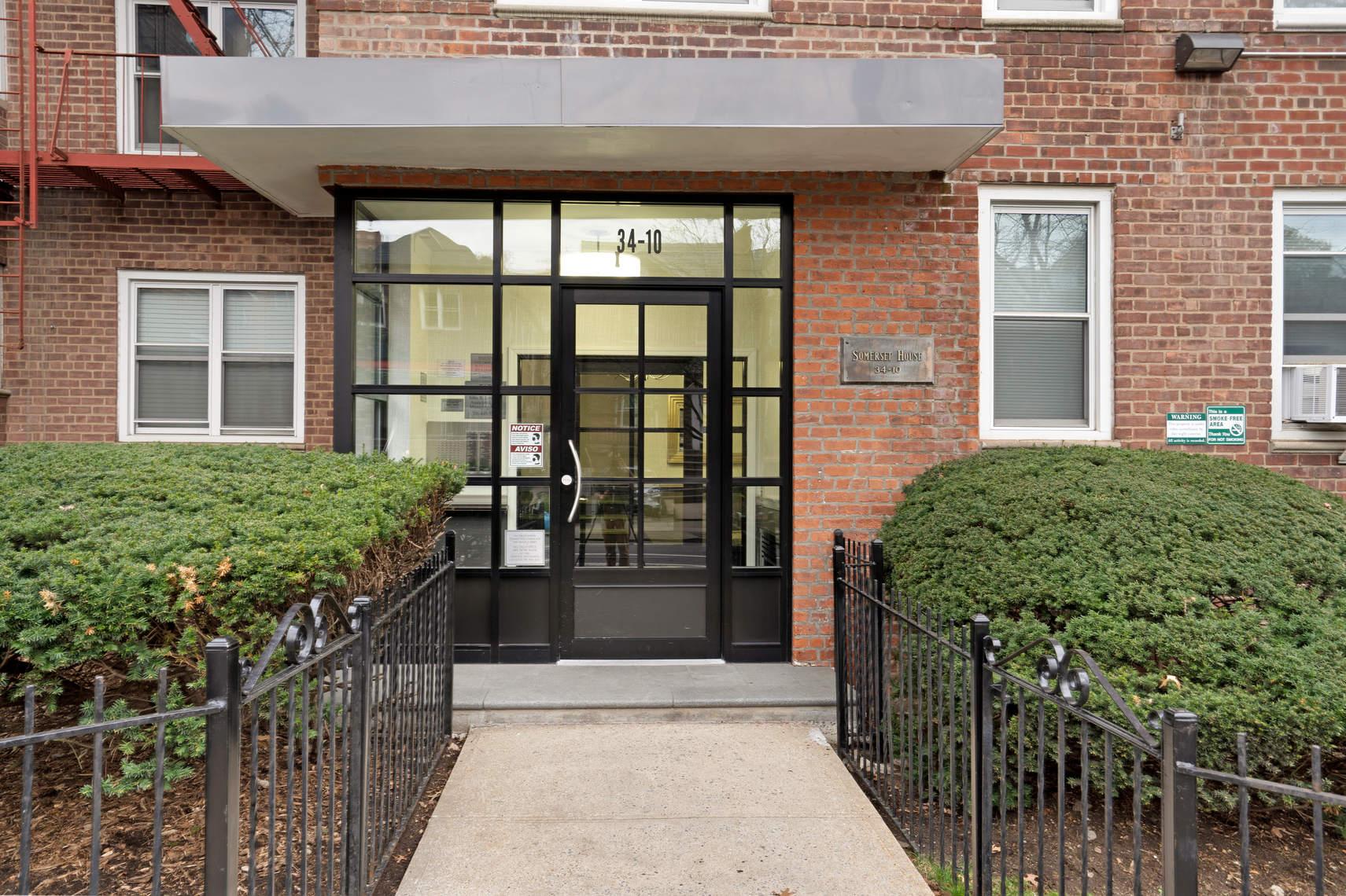34-10 75th Street, Unit 1H photo