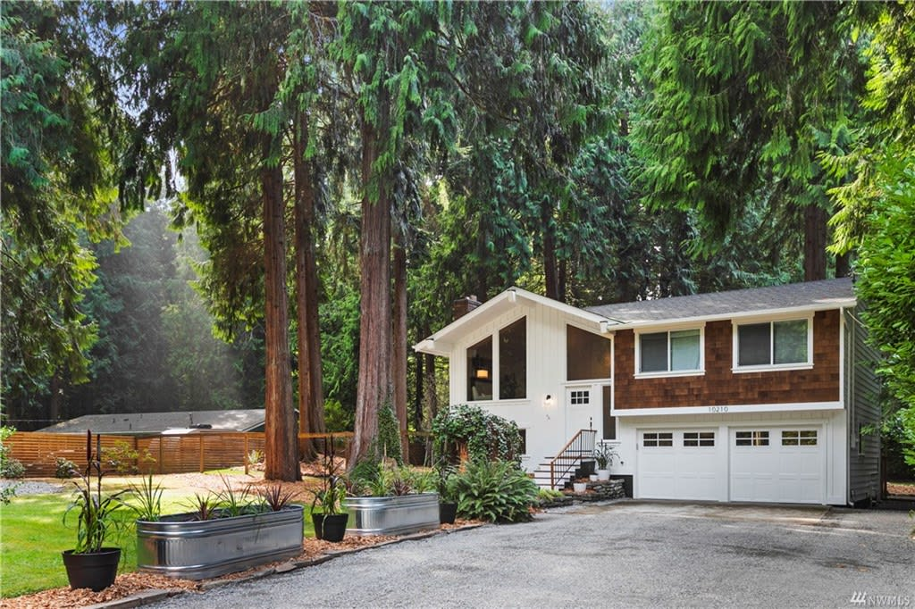 10210 317th Ave photo