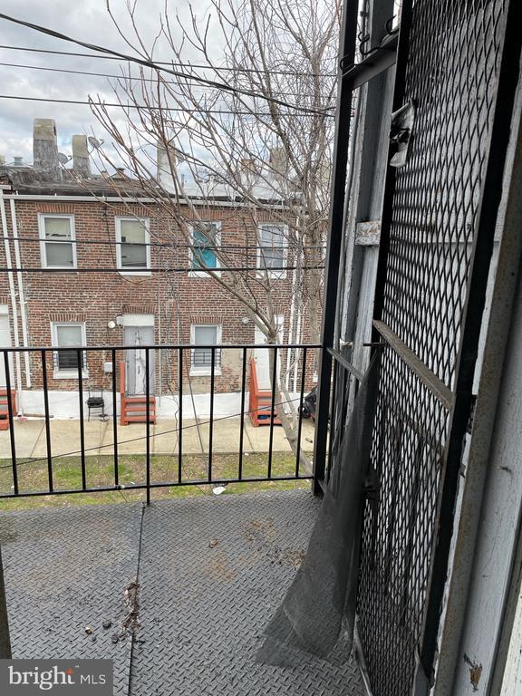 2433 Woodbrook Avenue photo