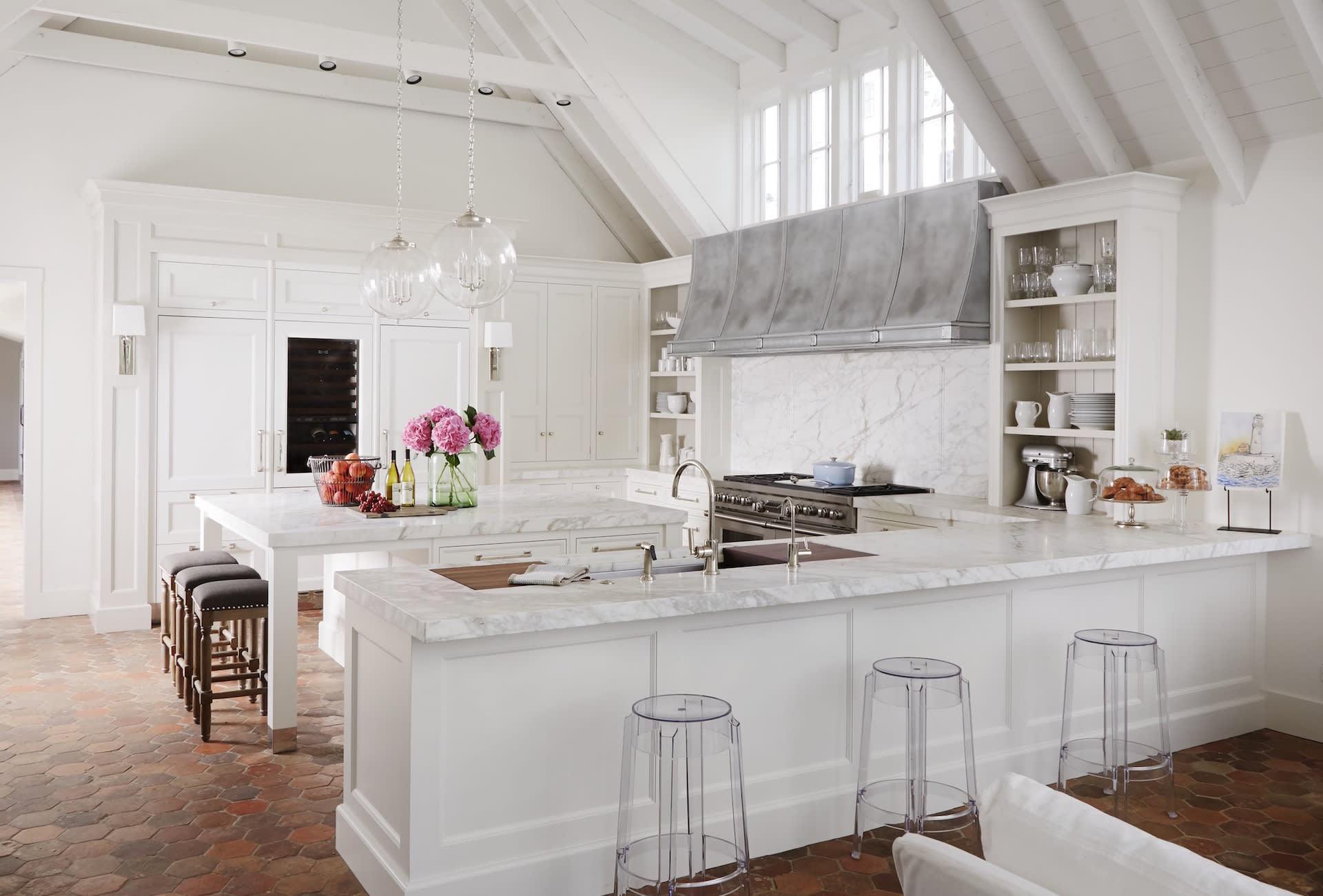 Chic Cottage Style Kitchen by Dawn McKenna